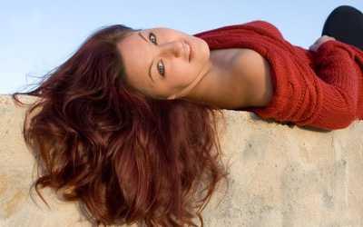 Домашний уход за натуральными и нарощенными волосами