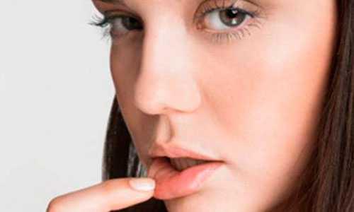 Простуда на губах: лечение в домашних условиях,
