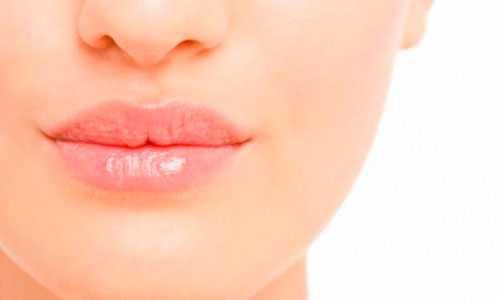 Уход за губами Причины и ежедневный уход за губами