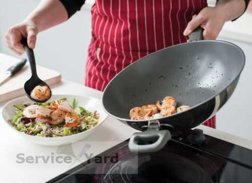 Как очистить сковородку от нагара, правила чистки